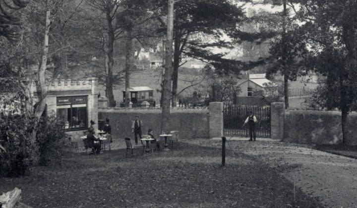 1896 2