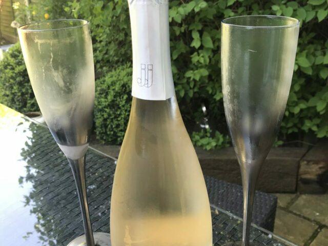 12 potel o win Domaine des Jeanne (coch, gwyn, rose, bulle gwyn, bulle rose)